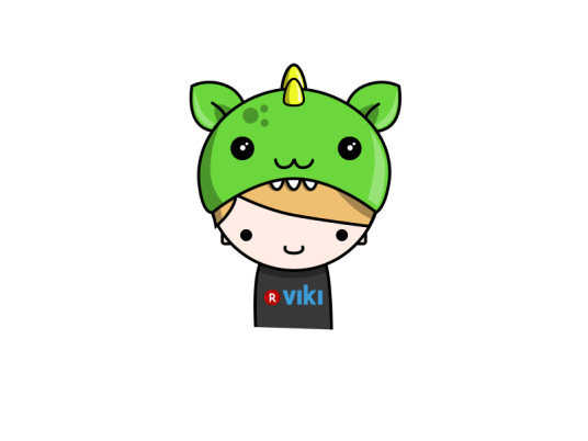 viki_fan_with_dragon_hat